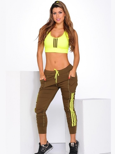 Outfit Femenino Con Joggers
